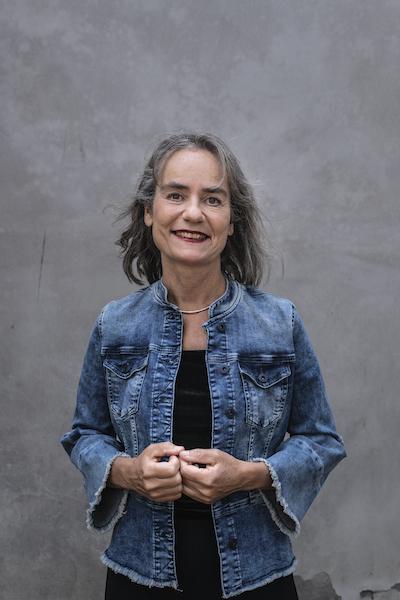 biografie-Elles-van-der-Heiden